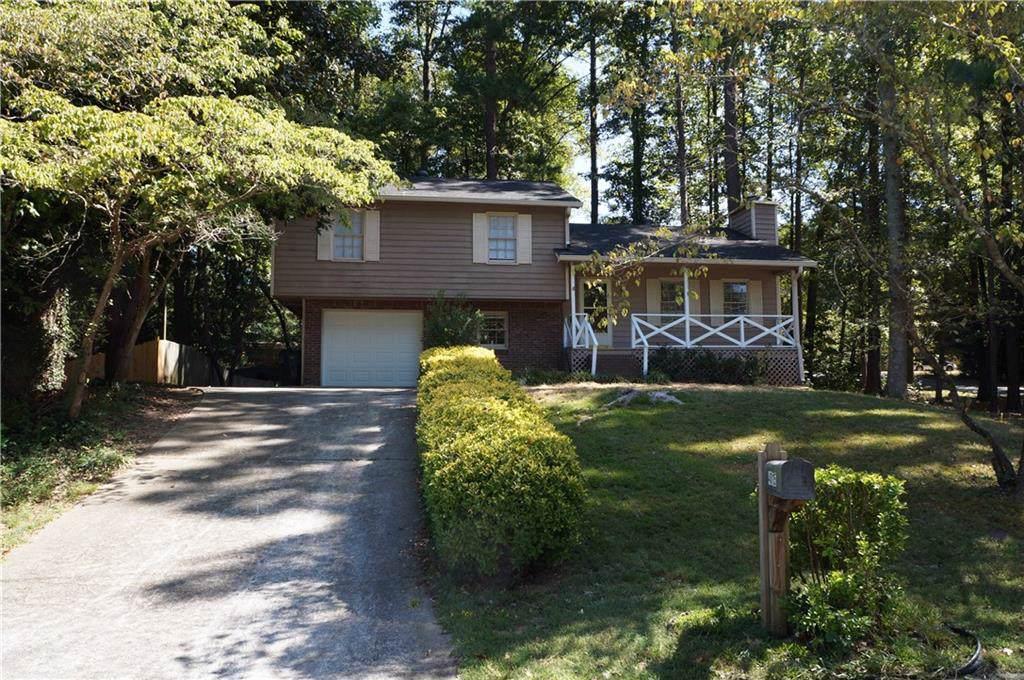 4015 Woodland Drive - Photo 1