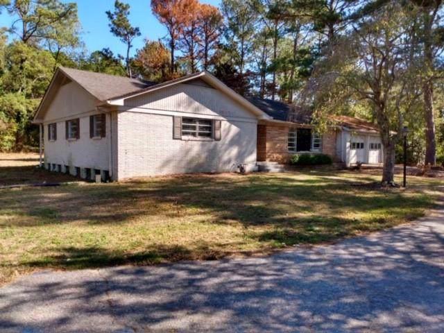2304 Fairburn Road, Douglasville, GA 30135 (MLS #6629269) :: Dillard and Company Realty Group