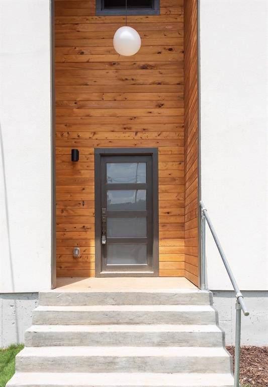 1136 Boulevard Drive NE, Atlanta, GA 30317 (MLS #6640948) :: Charlie Ballard Real Estate