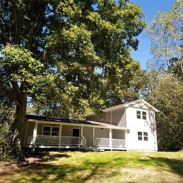 811 Green Drive, Canton, GA 30114 (MLS #6646344) :: The North Georgia Group