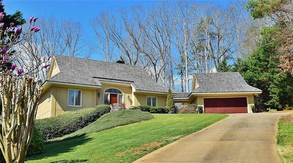 3040 Hickory Hills Drive - Photo 1