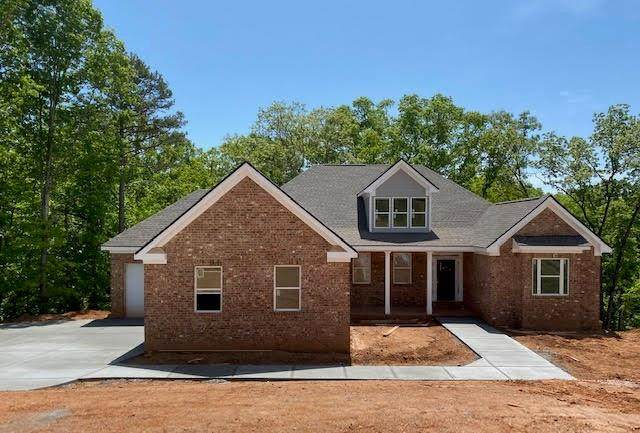 5171 Glen Forrest Drive, Flowery Branch, GA 30542 (MLS #6702372) :: The Heyl Group at Keller Williams