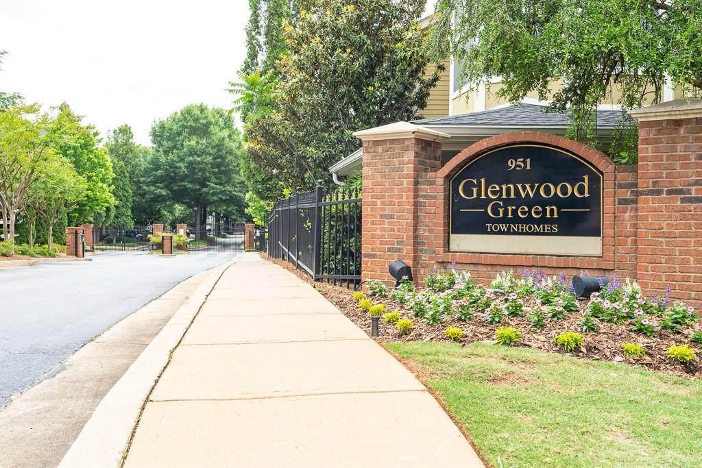951 Glenwood Avenue - Photo 1