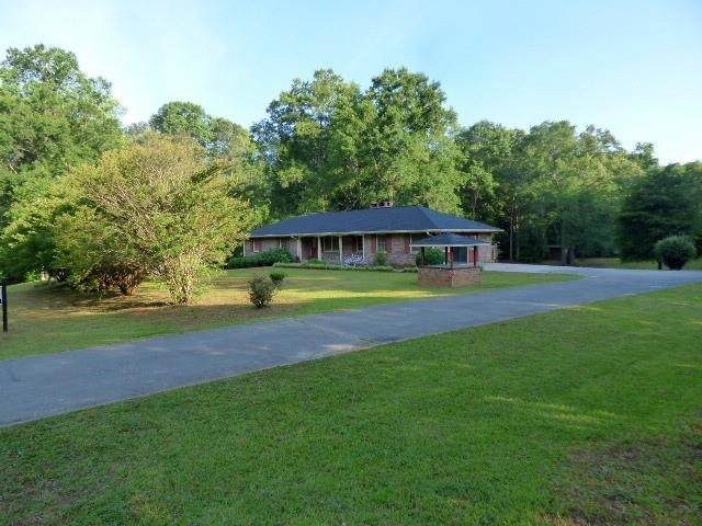 2000 Snows Mill Road, Monroe, GA 30655 (MLS #6730706) :: The Heyl Group at Keller Williams