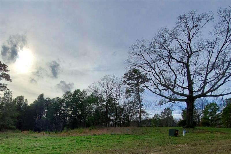 321 Edgewater Trail - Photo 1