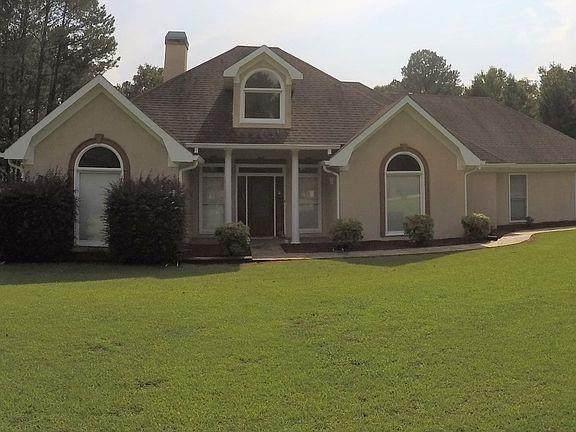 225 Mountain Trace NE, Conyers, GA 30013 (MLS #6782687) :: North Atlanta Home Team