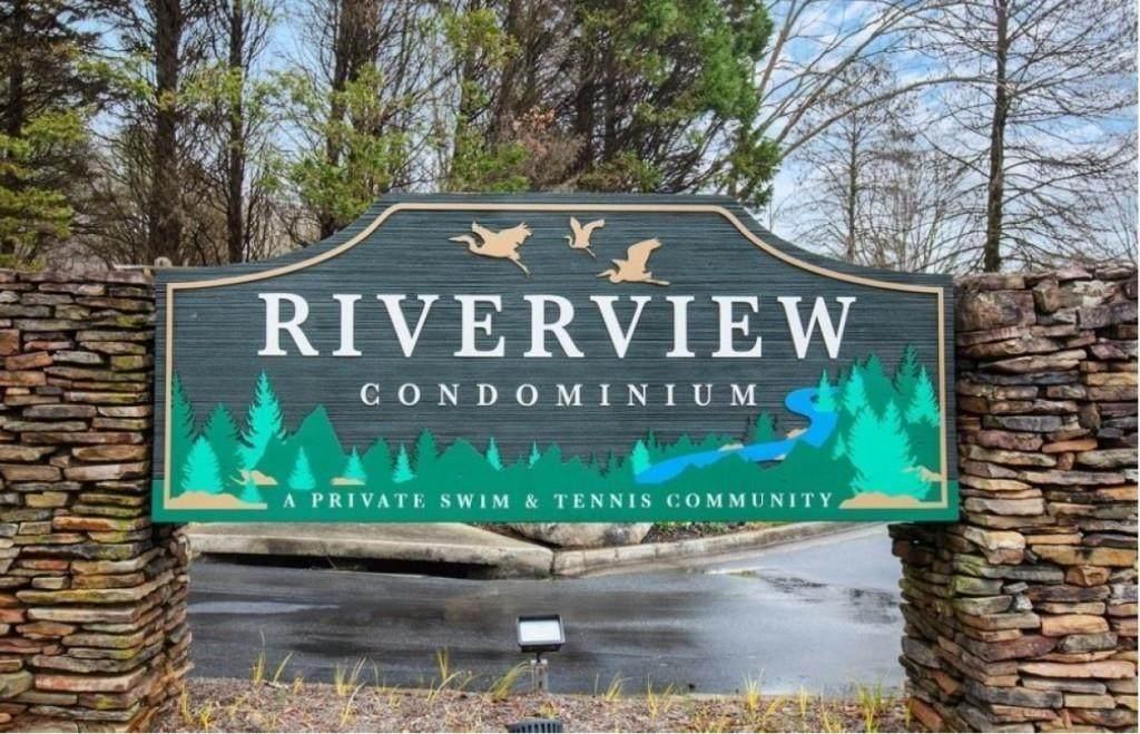 1804 Riverview Drive - Photo 1