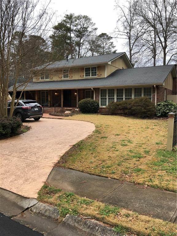 2698 Gleaneagles Drive, Tucker, GA 30084 (MLS #6832846) :: Charlie Ballard Real Estate