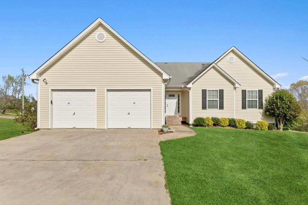 7305 Pea Ridge Place - Photo 1