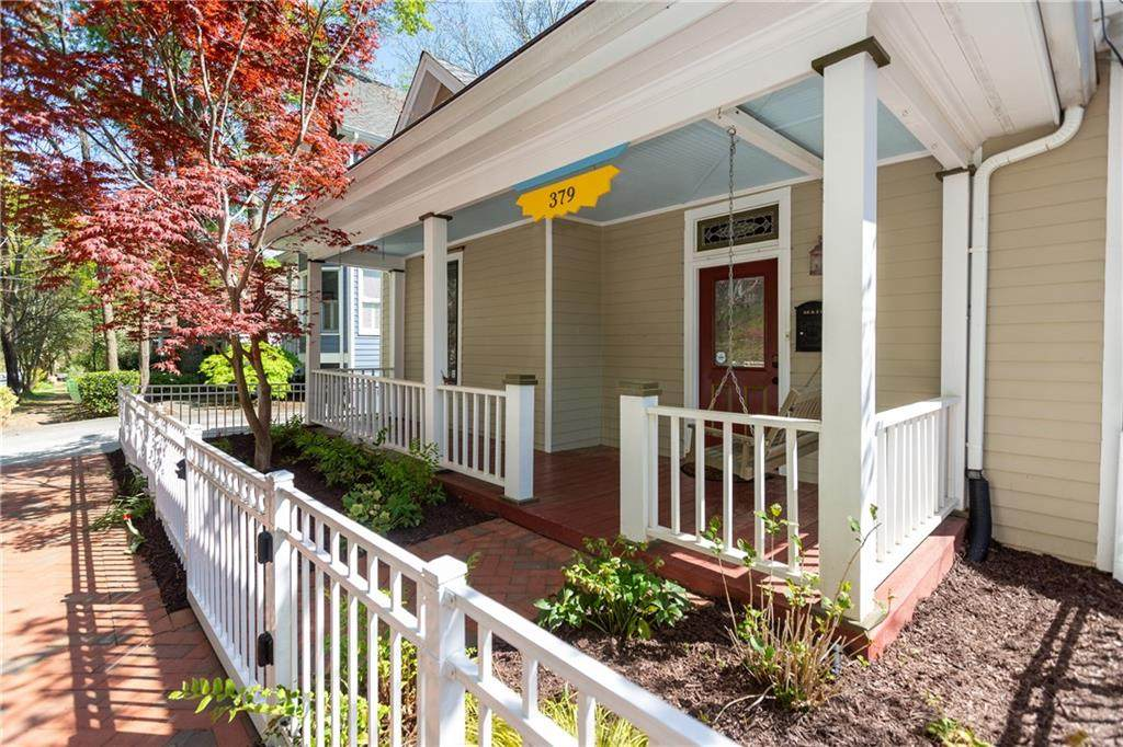 379 Cherokee Place - Photo 1