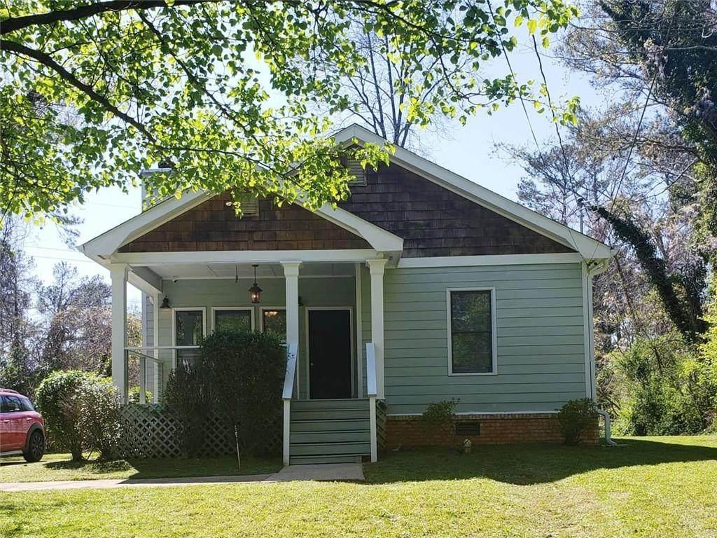 1631 Pinehurst Drive - Photo 1
