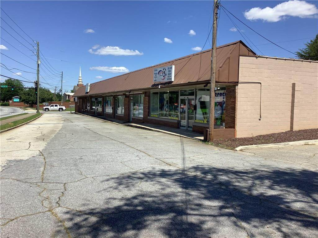 4974 Lawrenceville Highway - Photo 1