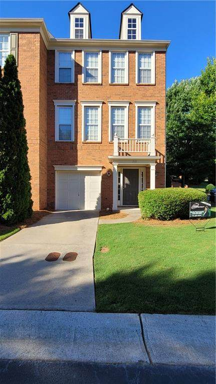 2001 Merrimont Way, Roswell, GA 30075 (MLS #6899194) :: North Atlanta Home Team