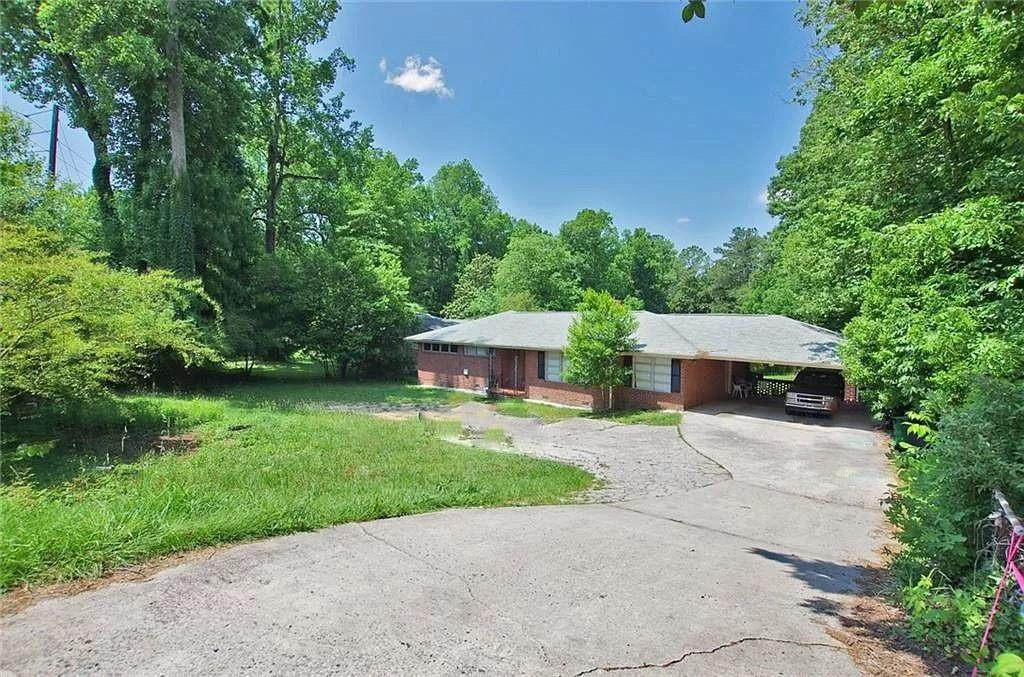4078 Briarcliff Road - Photo 1