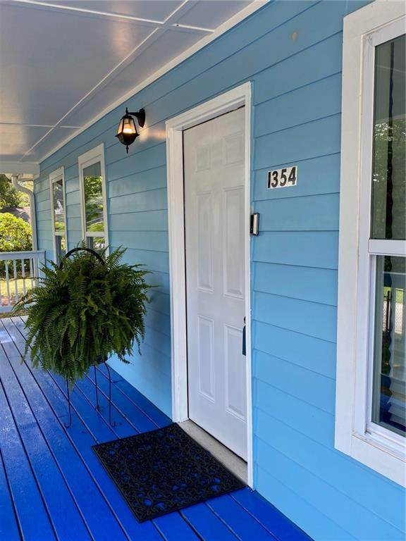 1354 Gus Thornhill Jr. Drive, Atlanta, GA 30344 (MLS #6915302) :: North Atlanta Home Team