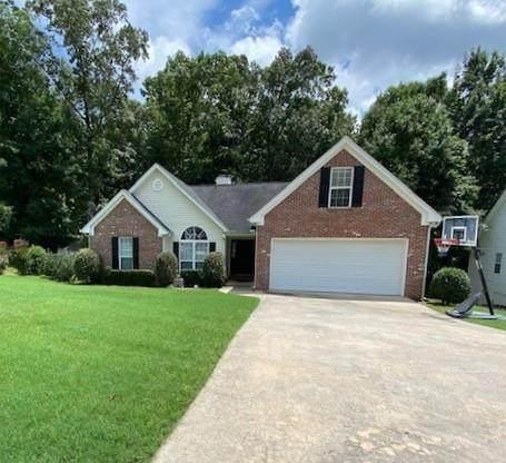 4833 Netherlands Place, Flowery Branch, GA 30542 (MLS #6918995) :: North Atlanta Home Team