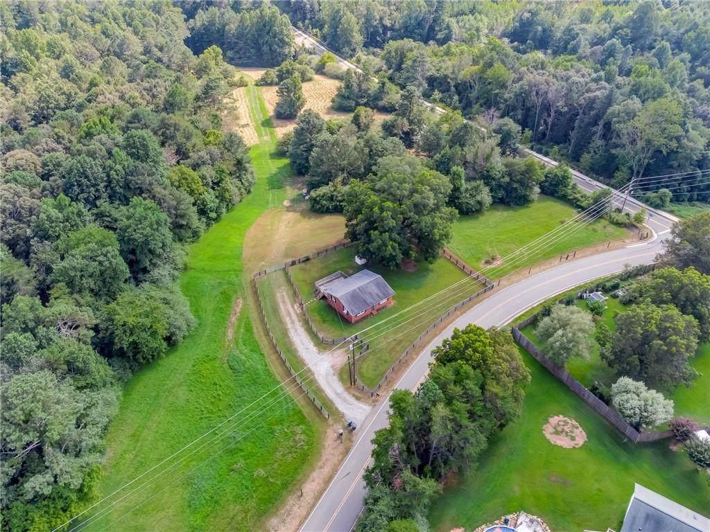 483 Puckett Creek Road - Photo 1