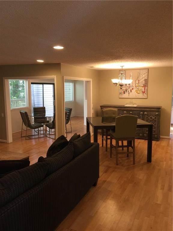 32 Dunwoody Springs Drive, Atlanta, GA 30328 (MLS #6934426) :: The Kroupa Team | Berkshire Hathaway HomeServices Georgia Properties