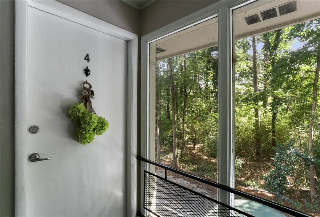 4266 Roswell Rd - Photo 1