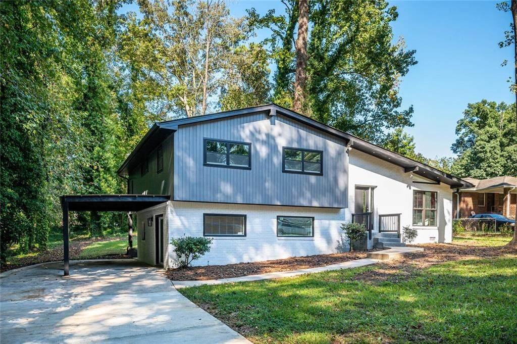 2045 Pine Oak Drive - Photo 1