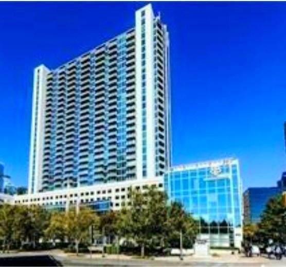3324 Peachtree Road #801, Atlanta, GA 30326 (MLS #6954954) :: The Kroupa Team | Berkshire Hathaway HomeServices Georgia Properties