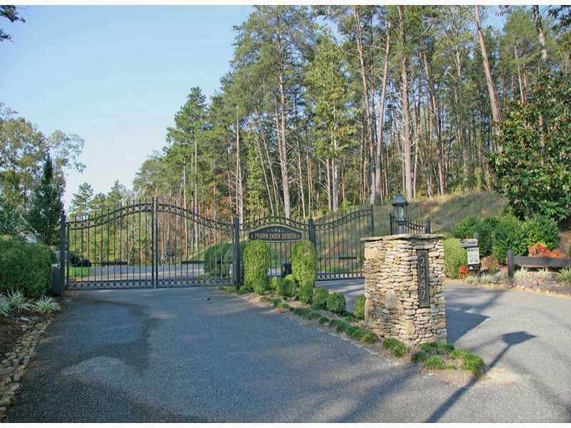322 Pigeon Creek Drive, Dawsonville, GA 30534 (MLS #5250387) :: North Atlanta Home Team