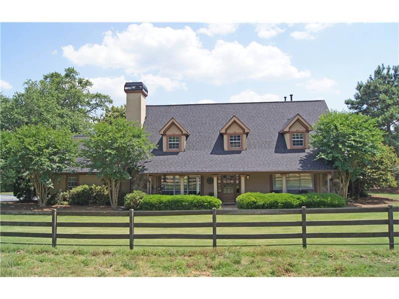2200 Smyrna Road SW, Conyers, GA 30094 (MLS #5550919) :: North Atlanta Home Team