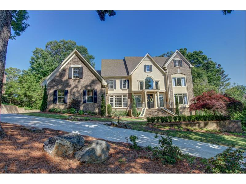 9400 Colonnade Trail, Johns Creek, GA 30022 (MLS #5694282) :: North Atlanta Home Team