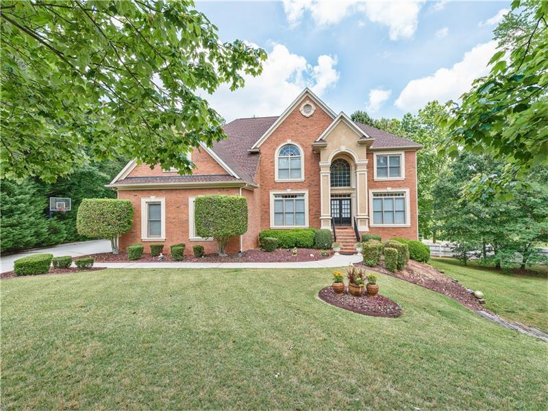 585 Stoneglen Chase SW, Atlanta, GA 30331 (MLS #5694803) :: North Atlanta Home Team