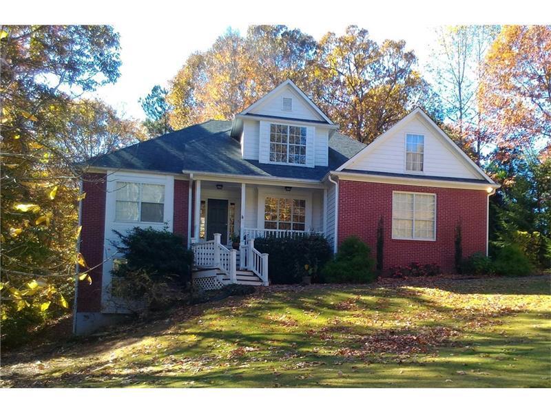 6615 Lake Run Drive, Flowery Branch, GA 30542 (MLS #5711712) :: North Atlanta Home Team