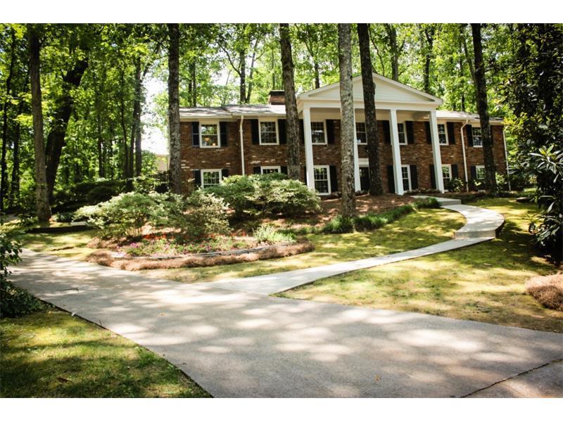425 Heritage Way, Sandy Springs, GA 30328 (MLS #5714569) :: North Atlanta Home Team