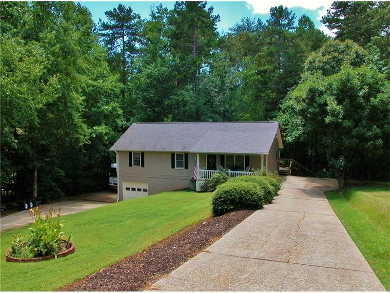 2938 Waterford Drive, Gainesville, GA 30504 (MLS #5728201) :: North Atlanta Home Team