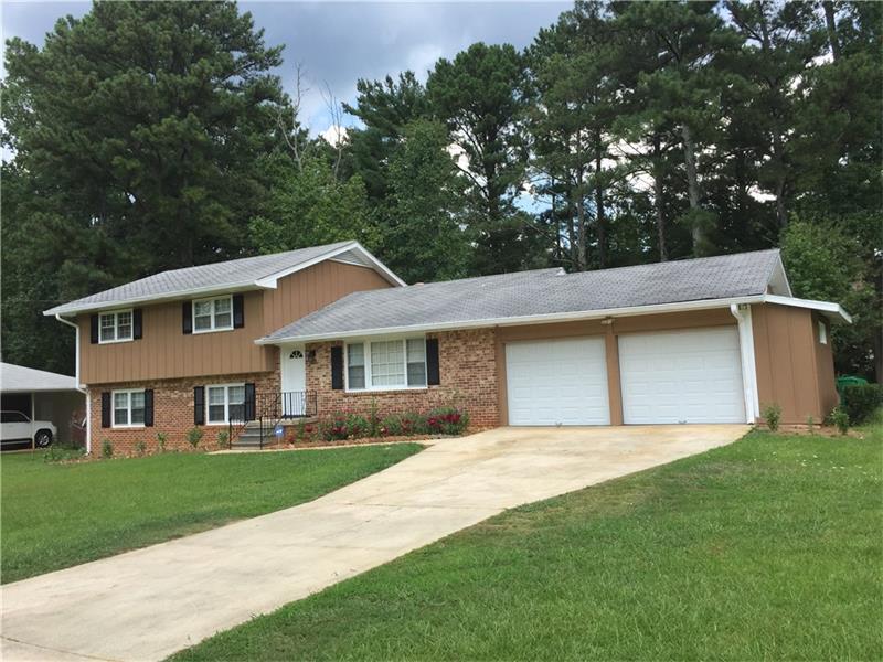 4034 Woburn Drive, Tucker, GA 30084 (MLS #5734815) :: North Atlanta Home Team