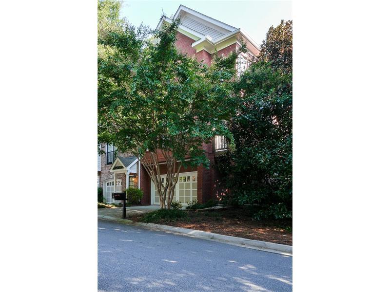 1116 Glenridge Place #605, Sandy Springs, GA 30342 (MLS #5750342) :: North Atlanta Home Team