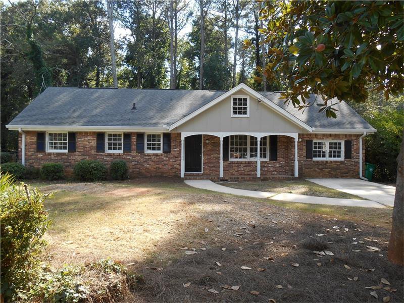 3981 Elmscourt Drive, Stone Mountain, GA 30083 (MLS #5751323) :: North Atlanta Home Team