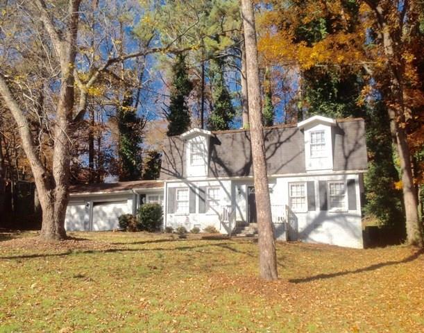 6580 Bralorne Court, Stone Mountain, GA 30087 (MLS #5902064) :: North Atlanta Home Team