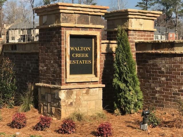 2569 Winter Haven Lane, Marietta, GA 30062 (MLS #5939610) :: Carr Real Estate Experts