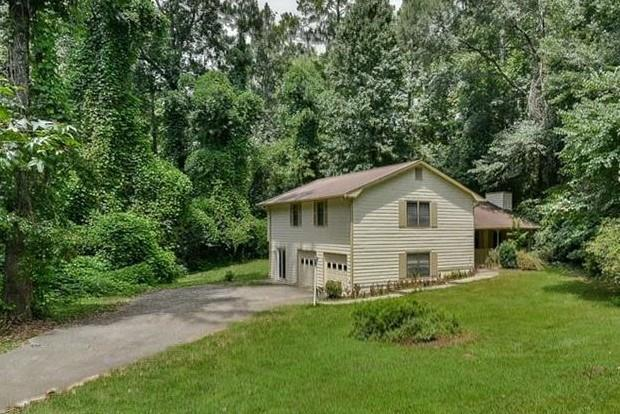 2209 N Landing Way, Marietta, GA 30066 (MLS #6060751) :: Iconic Living Real Estate Professionals