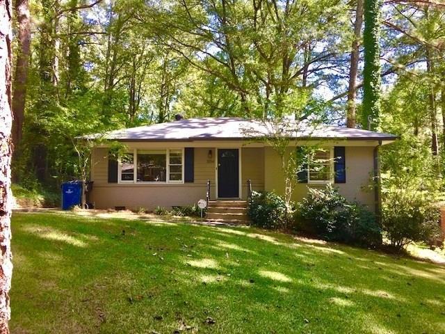3204 Delowe Drive, East Point, GA 30344 (MLS #6113309) :: North Atlanta Home Team