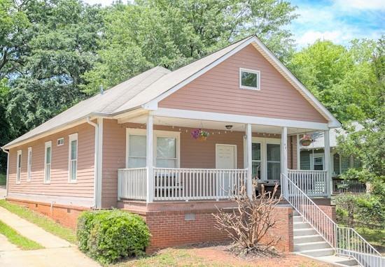 881 Oakhill Avenue SW, Atlanta, GA 30310 (MLS #6556760) :: North Atlanta Home Team