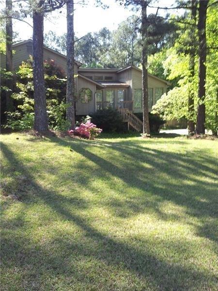 3675 Nowlin Road NW, Kennesaw, GA 30144 (MLS #6569618) :: North Atlanta Home Team