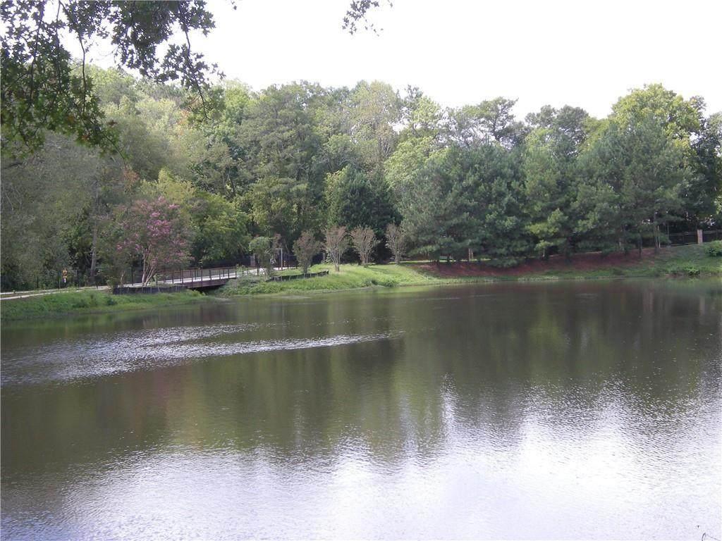 1800 Clairmont Lake - Photo 1