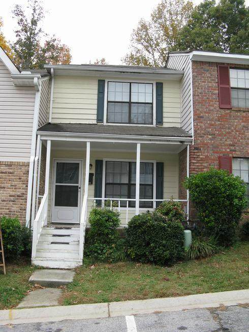 6936 Oakhill Circle, Austell, GA 30168 (MLS #6738347) :: North Atlanta Home Team