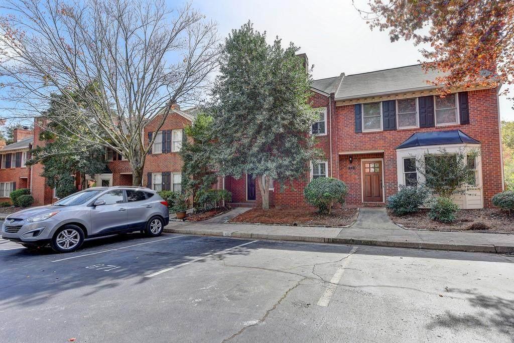 871 Lenox Oaks Circle - Photo 1