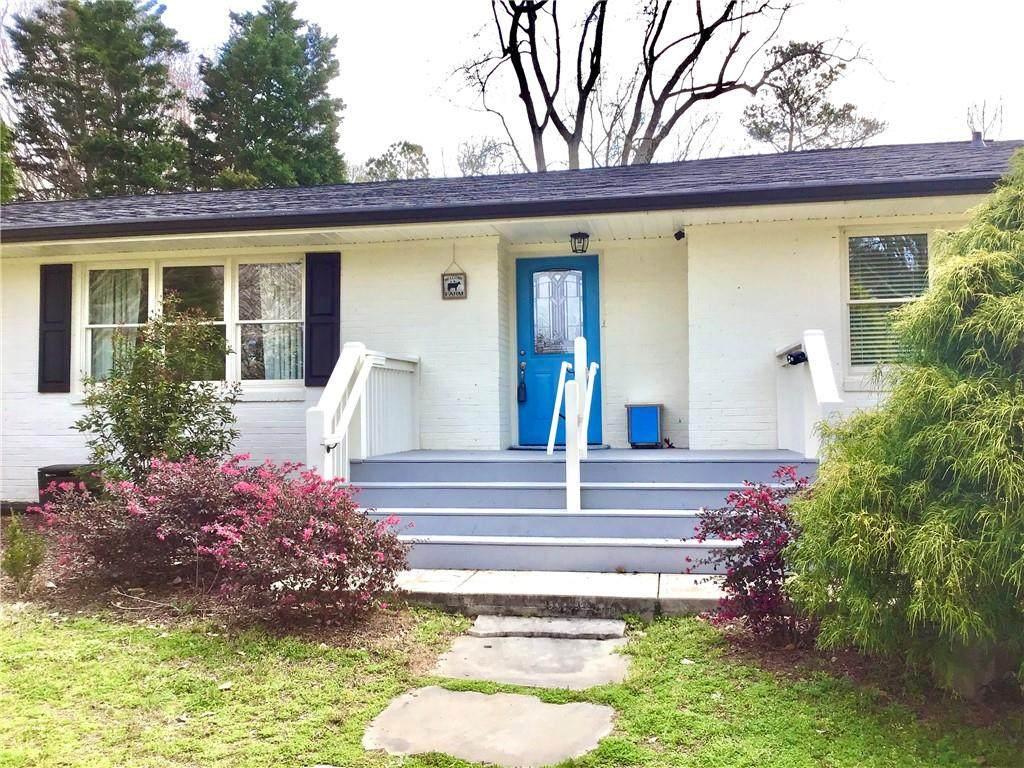 8862 Pinecrest Drive - Photo 1