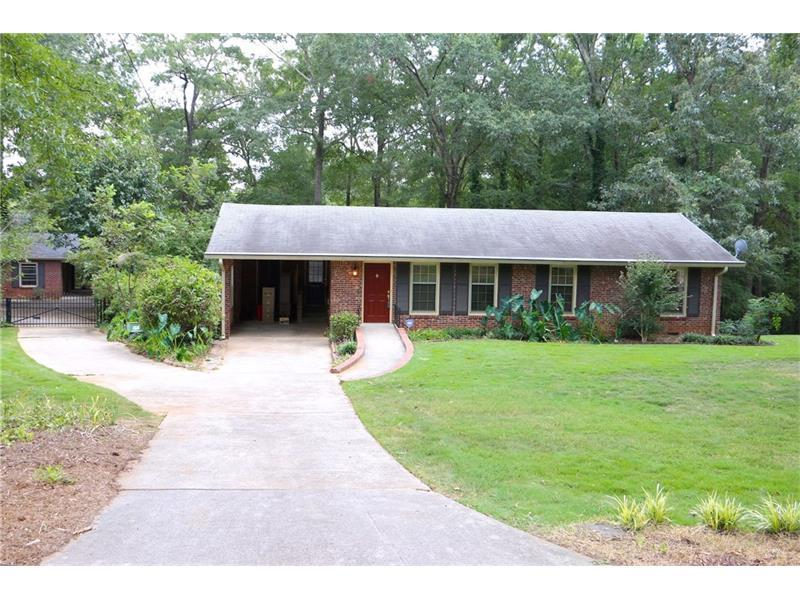339 Woodland Road, Monroe, GA 30655 (MLS #5741669) :: North Atlanta Home Team