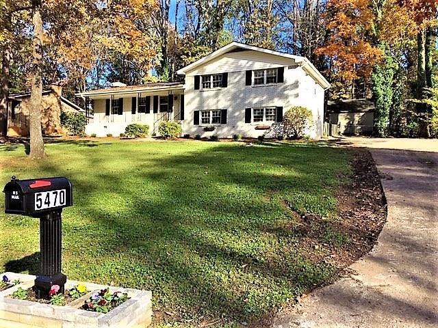 5470 Blackhawk Drive, Acworth, GA 30102 (MLS #6101950) :: North Atlanta Home Team