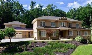 2205 Manor Creek Court, Cumming, GA 30041 (MLS #6562054) :: North Atlanta Home Team