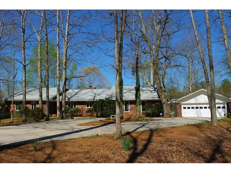 6091 Circle Of Light Drive, Gainesville, GA 30506 (MLS #5736038) :: North Atlanta Home Team