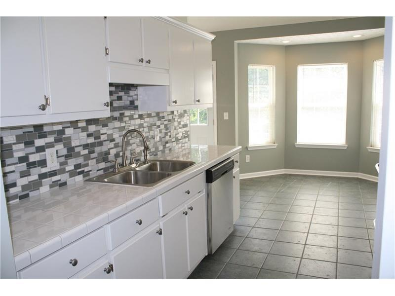 722 Creek View Drive, Hoschton, GA 30548 (MLS #5743812) :: North Atlanta Home Team